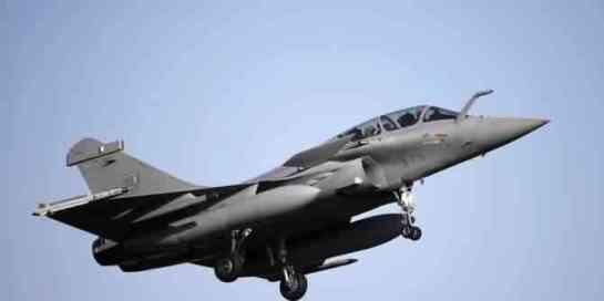 TNI MENOLAK BELI F-16 VIPER.AMERIKA KESAL DI KALAHKAN SUKHOI RUSIA9