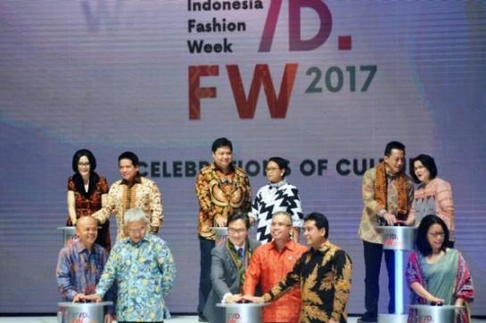 fashion-jadi-ujung-rantai-nilai-tambah-industri-tekstil